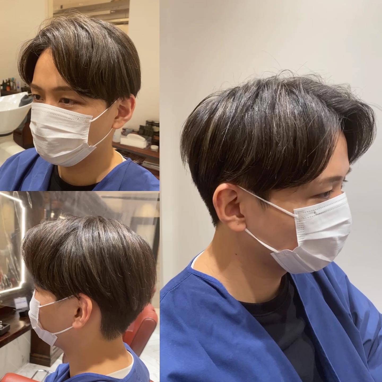 韓国風ナチュラルマッシュ . いま大人気の韓国ヘア ポイントは重たさの残し方と 毛流れの作り方!! . ツーブロックの作りもみんなと同じだと思ったら大間違い。 見えないところまでこだわり詰めてやります。 . 韓国ヘアの象徴コンマバングもバッチリきまって最高ですね .  #mensgroomingsalon#menssalon#hairstyle#menshair#shorthair#mens#poryrait #メンズグルーミングサロン#メンズサロン#メンズヘア#メンズ#メンズカット#ショートヘア#刈り上げ#ツーブロック#外人風#ヘアカタ#ギャラリー#新宿#新宿店 #中島康光